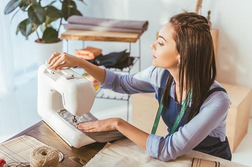 Des cours de couture personnalisés